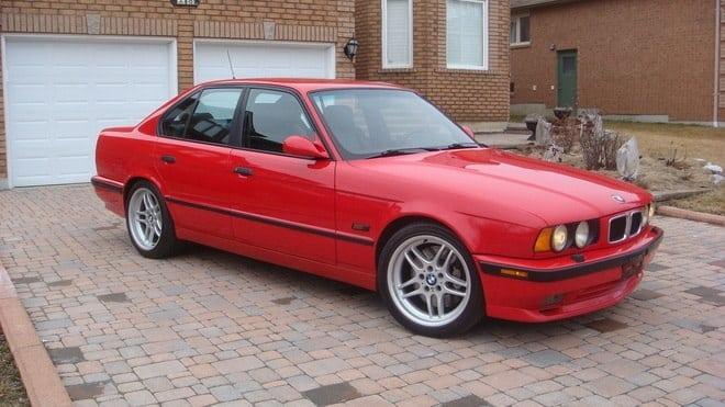 Special version BMW E34 540i for Canada