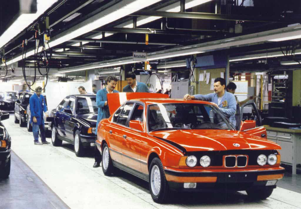 Bmw E On Factory