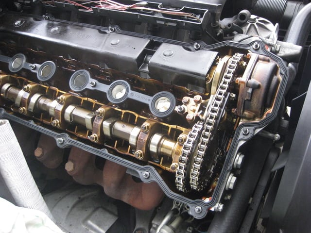 M50 engine with Vanos.