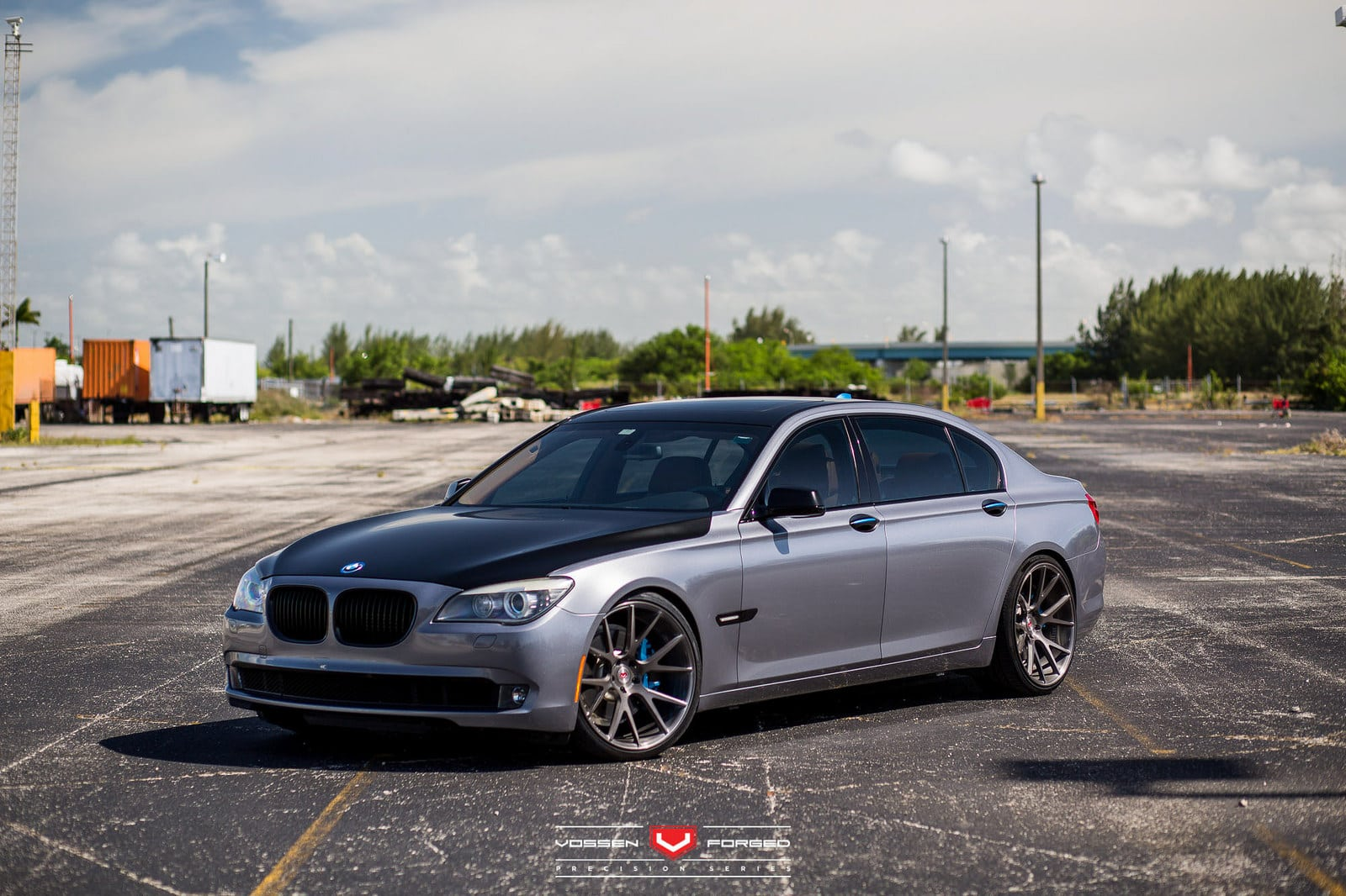 Previous Gen BMW 7 Series Gets Updated With Vossen Wheels