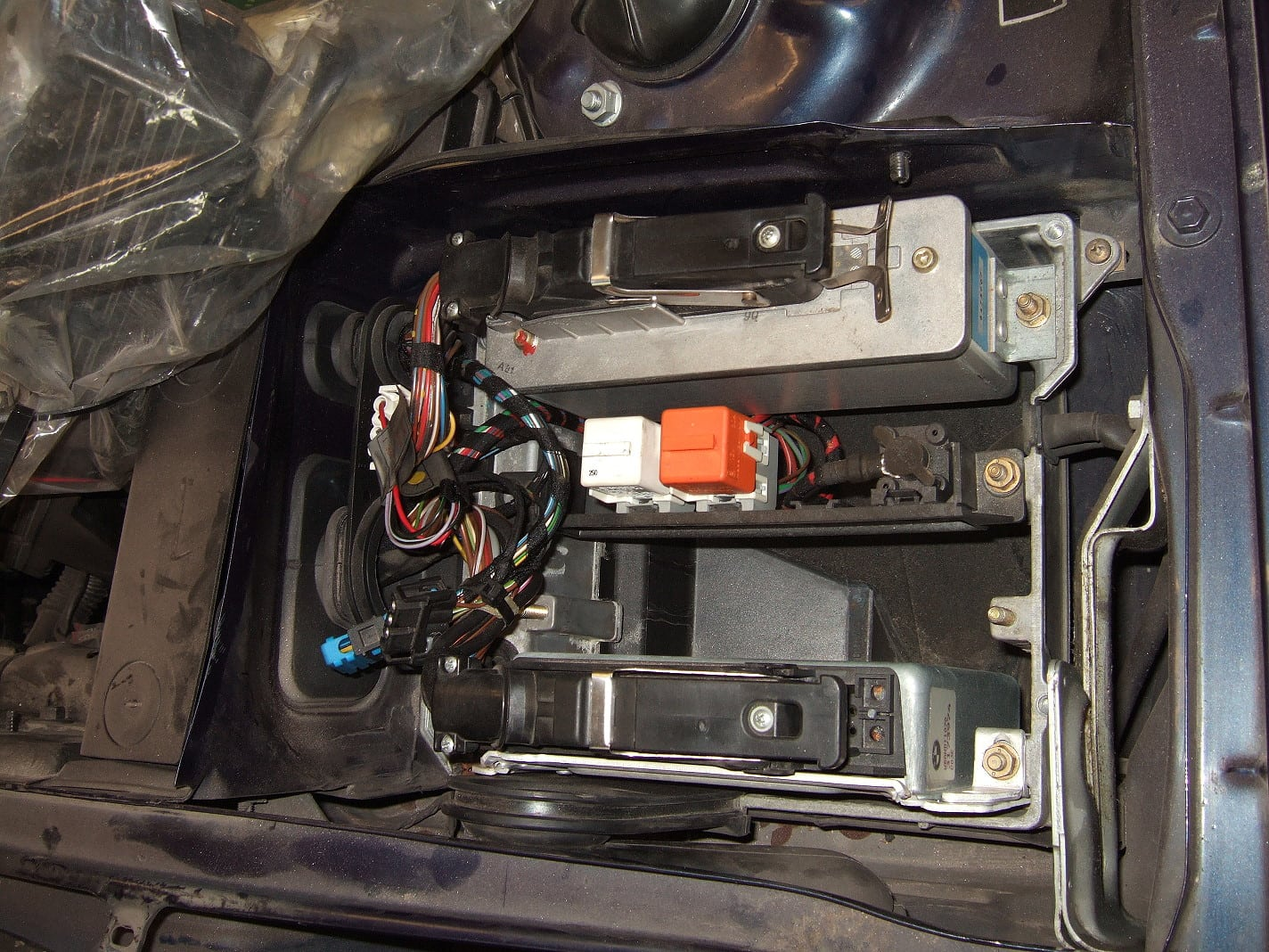 BMW E34 Fuel Filter Replacement