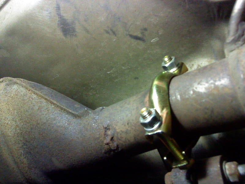 BMW 5 E34 Exhaust Flange Replacement