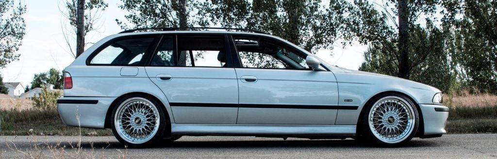 Should you buy the E39 BMW 540i over the E39 M5
