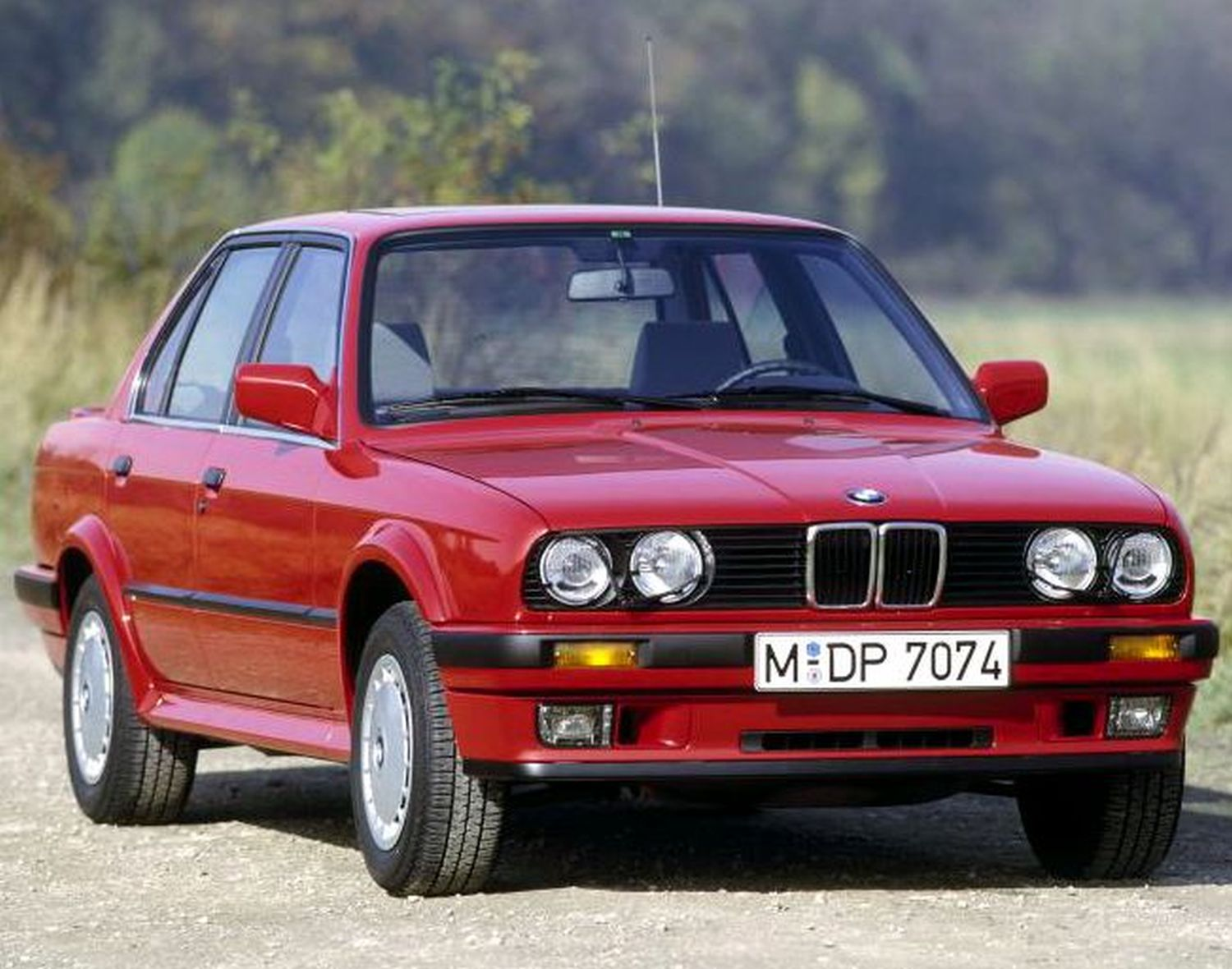 bmw 318i e30 automatic 1987 1991 specs speed power. Black Bedroom Furniture Sets. Home Design Ideas